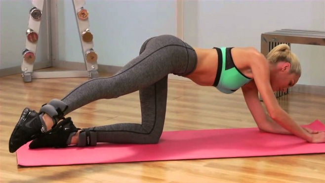 how to get a body like candice swanepoel